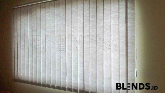 Tirai Vertical Blinds Semi Blackout Sp 8370 Grey Di Bekasi