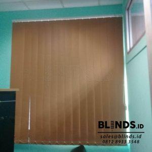 tirai vertical blinds blackout sp.6046-7 brown Q3711