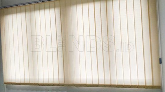 Dimout Vertical Blinds Beige Cibitung