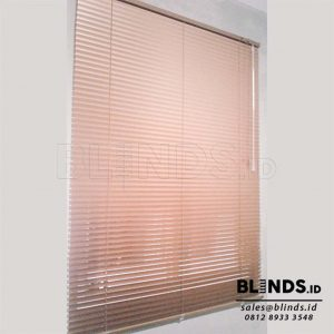 Venetian Blinds Deluxe Slatting Sp. 212 M Gold Q3775