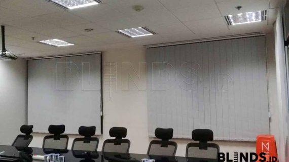 Vertical Blinds Blackout Grey Jakarta Selatan