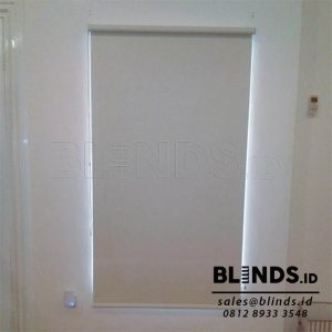 tirai jendela menggulung roller blinds blackout Sp. 6045- 2 beige sharp point Q3837