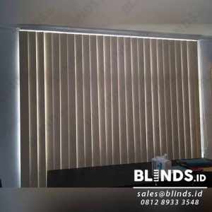 Blackout Vertical Blinds Sp.200-3 Peach Sharp Point Q3976