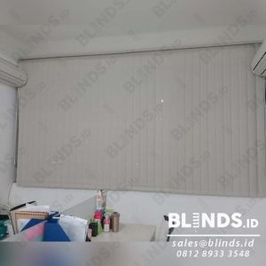 Vertical Blinds Solar Screen Onna Series 1004 Beige Di Jembatan Dua id4046