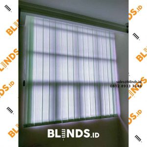 contoh vertical blinds dim out green 127 mm di Bekasi id4131