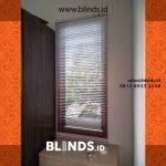 Venetian Blinds Bahan Aluminium Klien Di Bambu Apus Cipayung