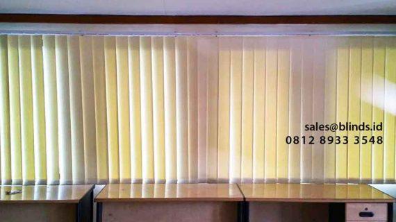 Harga Vertical Blinds Semi Blackout Gedung Bulog Pusat Gatot Subroto