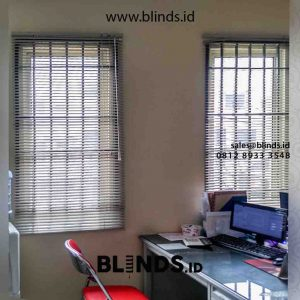 harga venetian blinds deluxe slatting sharp point di Tambora id4371