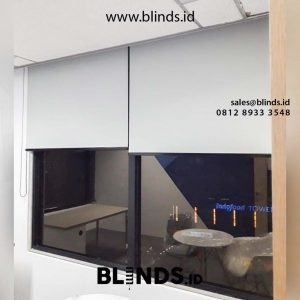 contoh roller blinds superior dimout warna grey sharp point id4537