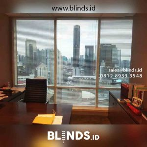 contoh venetian blinds deluxe slatting sharp point di Tanah Abang id4448