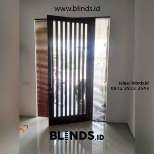 gambar venetian blinds wood motive slatting coklat id4390