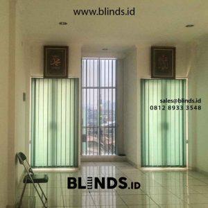 gambar vertical blinds bahan dimout green sharp point di Cempaka Putih id4799
