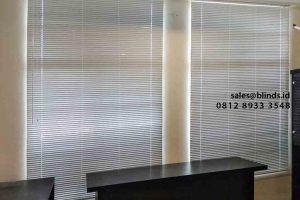 harga venetian blinds deluxe slatting 25mm di Green Lake id4751