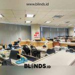 Model Vertical Blinds Grey Pasang Di Gedung Sampoerna Strategis Square
