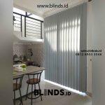 Vertical Blinds Dark Grey Pasang Di Kampung Pulo Jakarta Timur