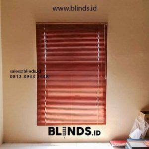 jual venetian blinds sharp point wood motive di Bekasi id5002