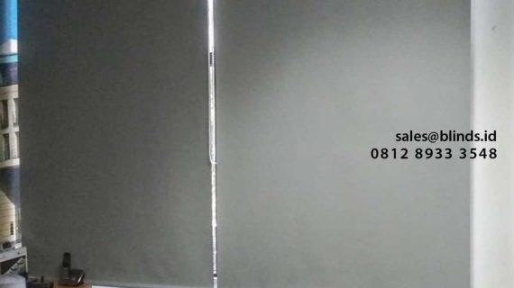 Pasang Roller Blinds Blackout Superior Grey Di Gedung Wisma Nugra Santana Sudirman