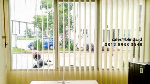 Gambar Tirai Vertical Blinds Dimout Project Lippo Cikarang Bekasi
