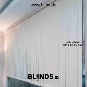 Model Vertical Blinds Bahan Dimout Pasang DI Kebayoran Village Bintaro Tangerang id5460