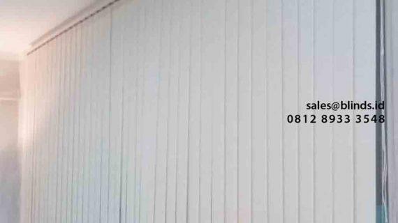 Model Vertical Blinds Bahan Dimout Pasang Di Kebayoran Village Bintaro Tangerang