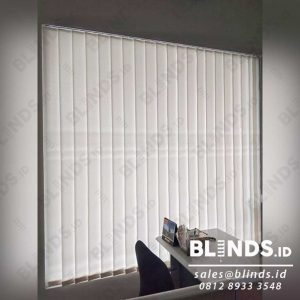 Jual tirai vertical blinds off white id4124