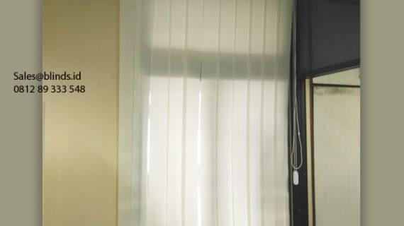 Harga Vertical Blinds Dimout Sp 8000 -2 Off White Pasang Kantor Mabes AD Gambir Jakarta